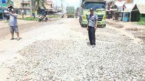 Jalan Lintas Sumatera Belum Diperbaiki, Bupati Dodi Surati Kementerian PUPR