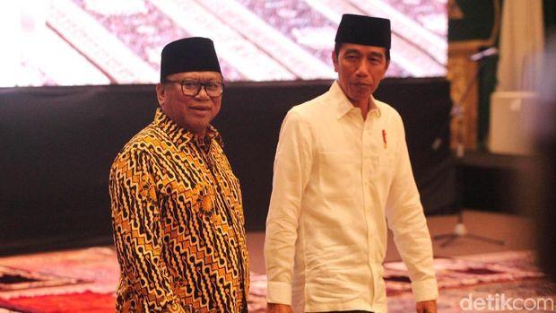 OSO saat buka puasa dengan Jokowi /