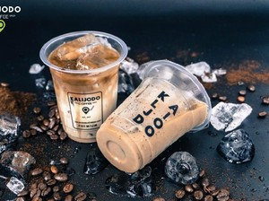 Kalijodo Coffee: Uniknya Paduan Kopi, Bubble, dan Cream Cheese