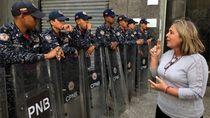 Krisis Venezuela, Belasan Politikus Oposisi Dituduh Makar