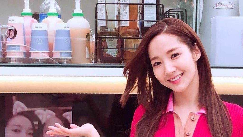 Kirim Coffee Truck, Jessica Jung Semangati Park Min Young Her Private Life