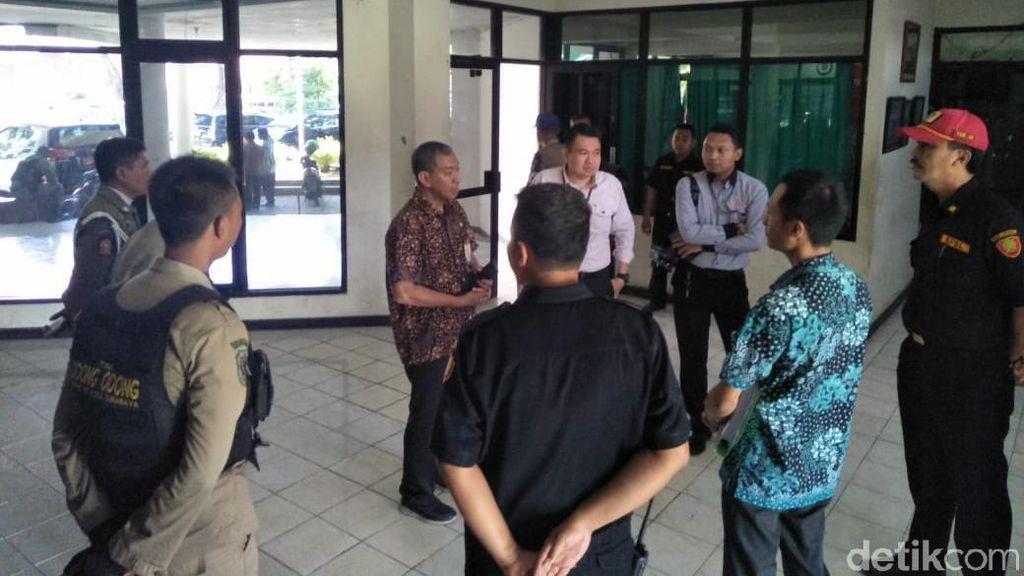 Pemkot Surabaya Kosongkan Wisma Persebaya di Karanggayam