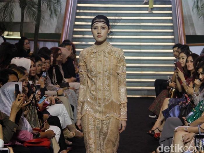 Koleksi Baju Lebaran 2019 Karya Priyo Oktaviano. (Foto: Moh. Abduh/Wolipop)