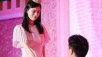 Crazy Rich China Melamar Model Victorias Secret dengan Sewa Mall