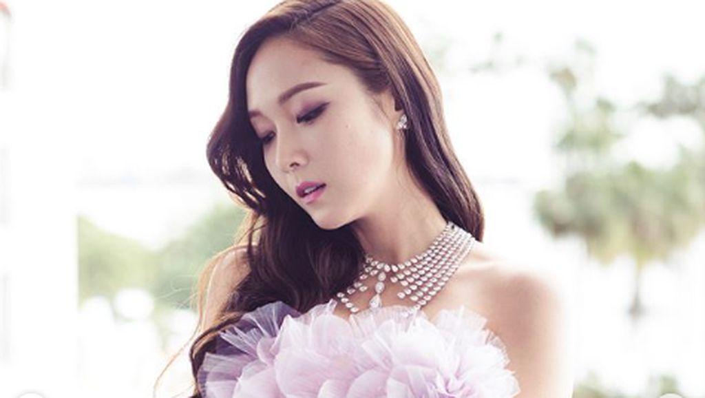 Jessica Jung Eks SNSD Jadi Brand Ambassador Revlon
