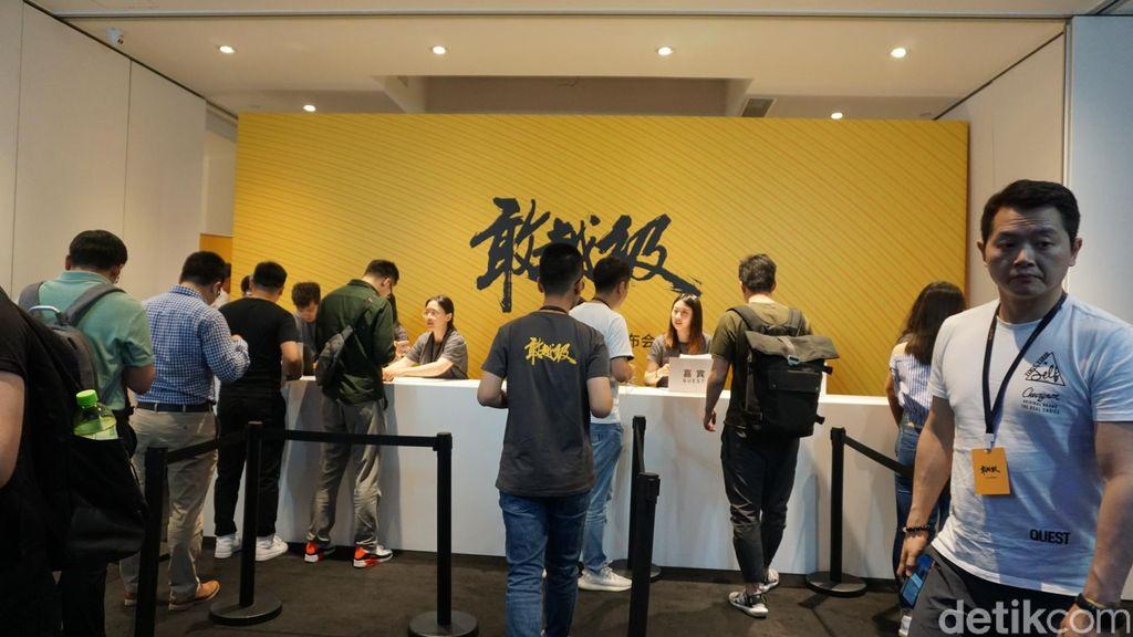 Berlokasi di Dreamland Art Center, Beijing, Rabu (15/5) detikINET jadi salah satu saksi diluncurkannya Realme X dan Realme X Lite langsung oleh Sky Li, pendiri sekaligus CEO Realme. (Foto: detikINET/Devi Setya Lestari)