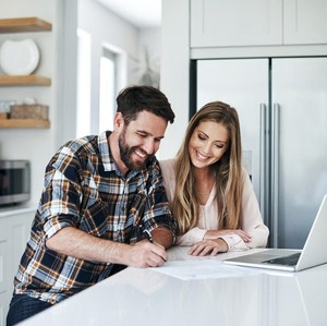 4 Aturan Punya Rekening Tabungan Bersama dengan Pasangan