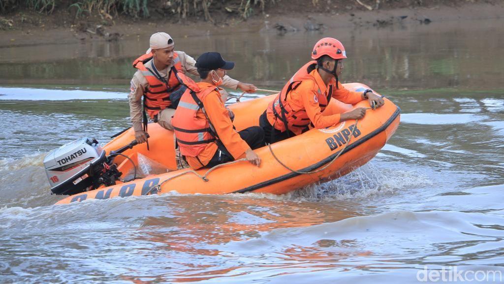 Usai Pesta Miras, Pasha Hanyut di Sungai Citarum Bandung