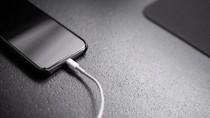 Pria di Thailand Meninggal, Disebut Akibat Main Ponsel Sambil Dicharge