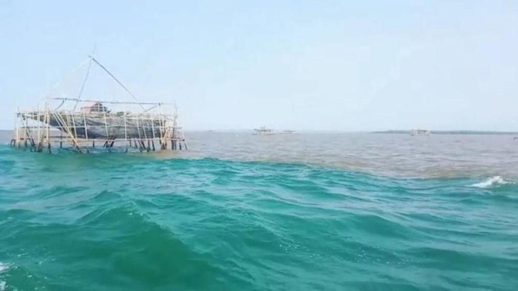 Fenomena Laut Terbelah Bikin Nelayan Pasuruan Lebih Jauh Cari Ikan