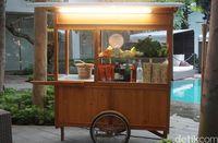 Berbuka dengan Nasi Goreng Mangut hingga Durian di 'Kampung Air'