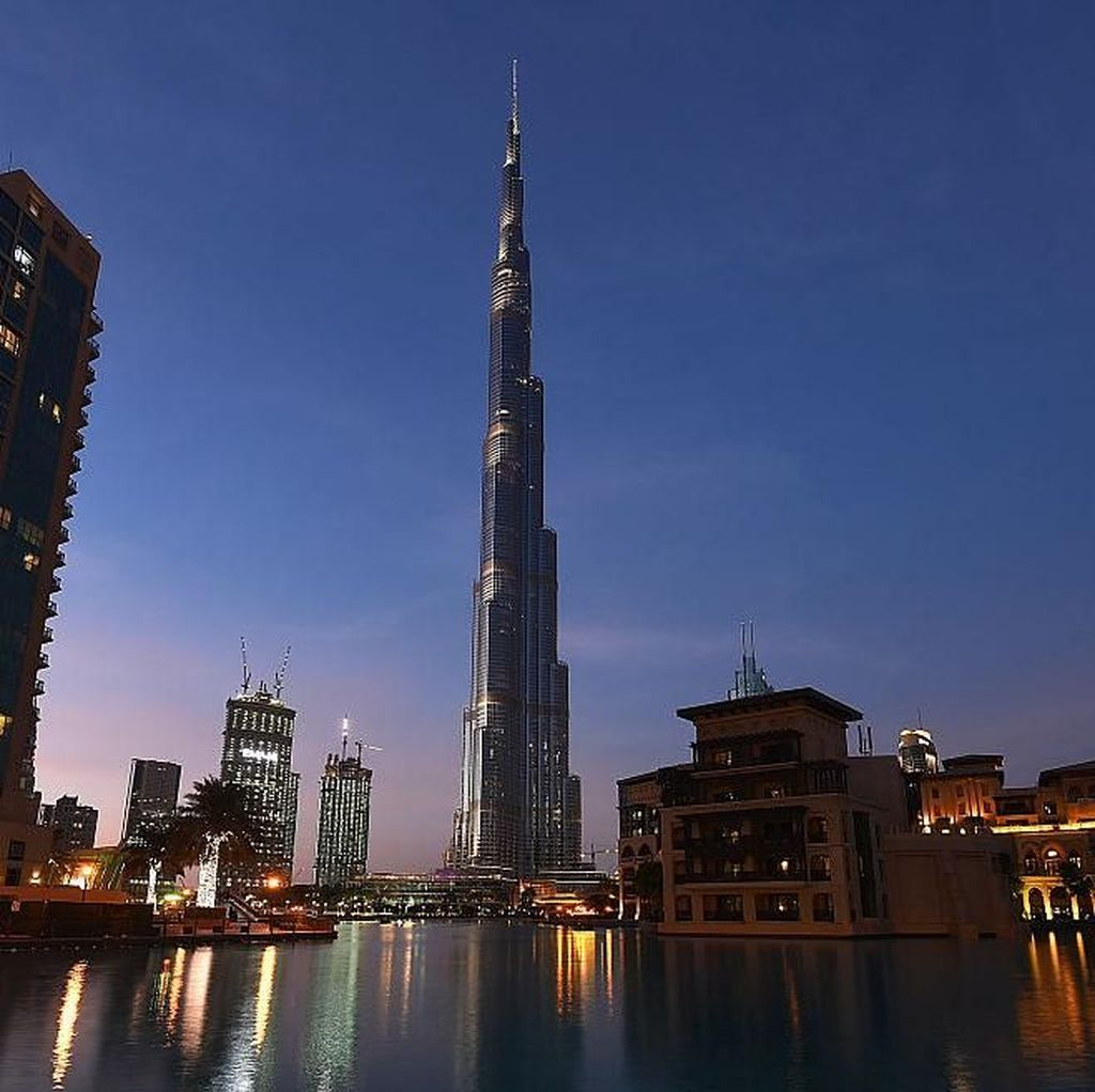 Khusus Turis, Dubai Keluarkan Surat Izin Minum Alkohol