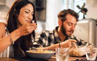 Sering Makan Bersama Pasangan Bisa Buat Hubungan Lebih Harmonis