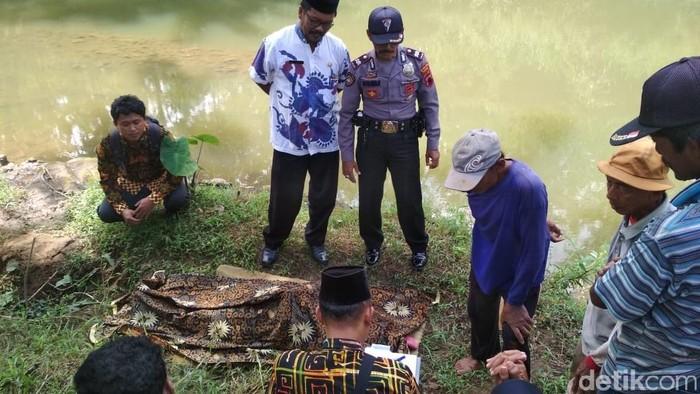 Korban tewas tercebur sungai di Wonogiri (Foto: Dok. Polres Wonogiri)