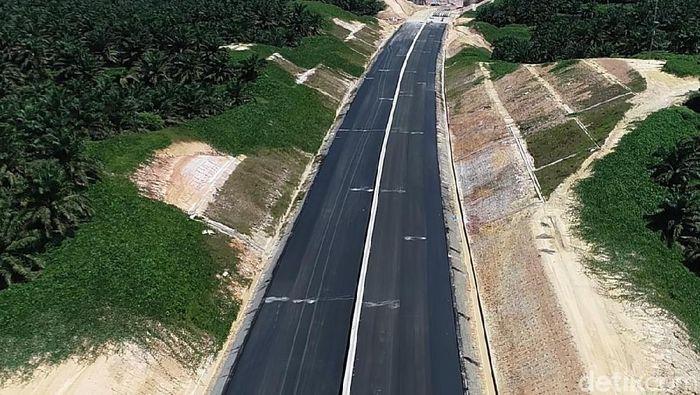 Tol Pekanbaru-Dumai. Foto: Chaidir Anwar Tanjung/detikcom