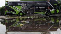 Bus Minta Keringanan, Menhub Tetap Terapkan One Way di Tol Trans Jawa
