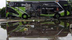 Minta Keringanan untuk Bus, Menhub Tetap Terapkan One Way di Tol Trans Jawa