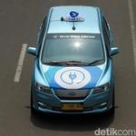 Berkeliling dengan Taksi Anti Bising di Jakarta