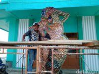Digemari Bule, Ini Keunikan Mosaik Karya Seniman Pangandaran