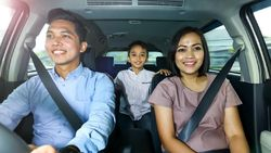 Peran Penting Istri sebagai Co-driver Saat Mudik
