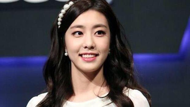 Cho Eun Jung, istri So Ji Sub.