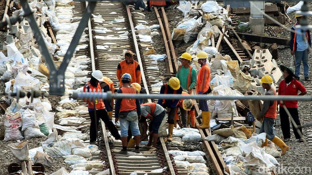 Rel Kereta Bogor-Bandung Bakal Tersambung Jembatan 10 Km