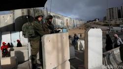 Tentara Israel Sebut 3 Roket Ditembakkan dari Suriah ke Wilayahnya