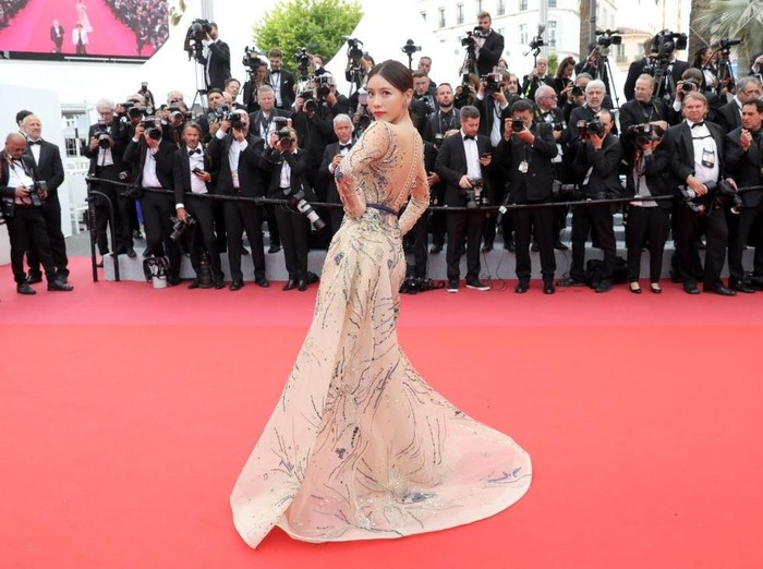 Artis China Shi Yanfei diusir dari red carpet Cannes Film Festival 2019. Foto: Getty Images