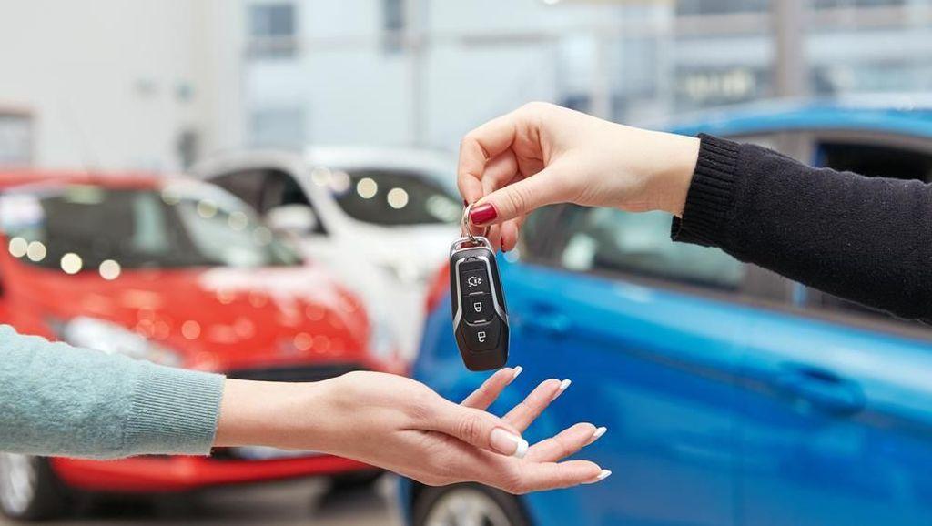 Makin Jarang Mobil Ditarik karena Kredit Macet