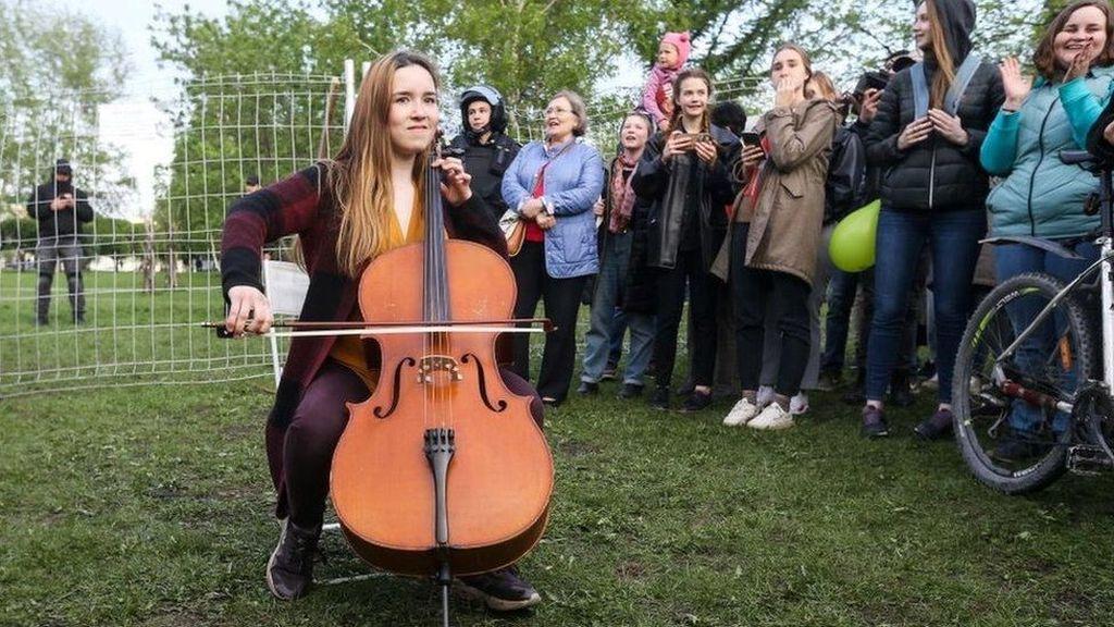Mengapa Aktivis Tolak Pembangunan Gereja di Taman Rusia?