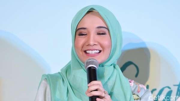 Dikira Hamil, Zaskia Sungkar: Amin