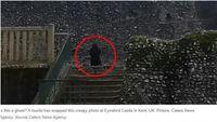 Sosok misterius yang dipotret di kastil Inggris (screenshoot News Australia)