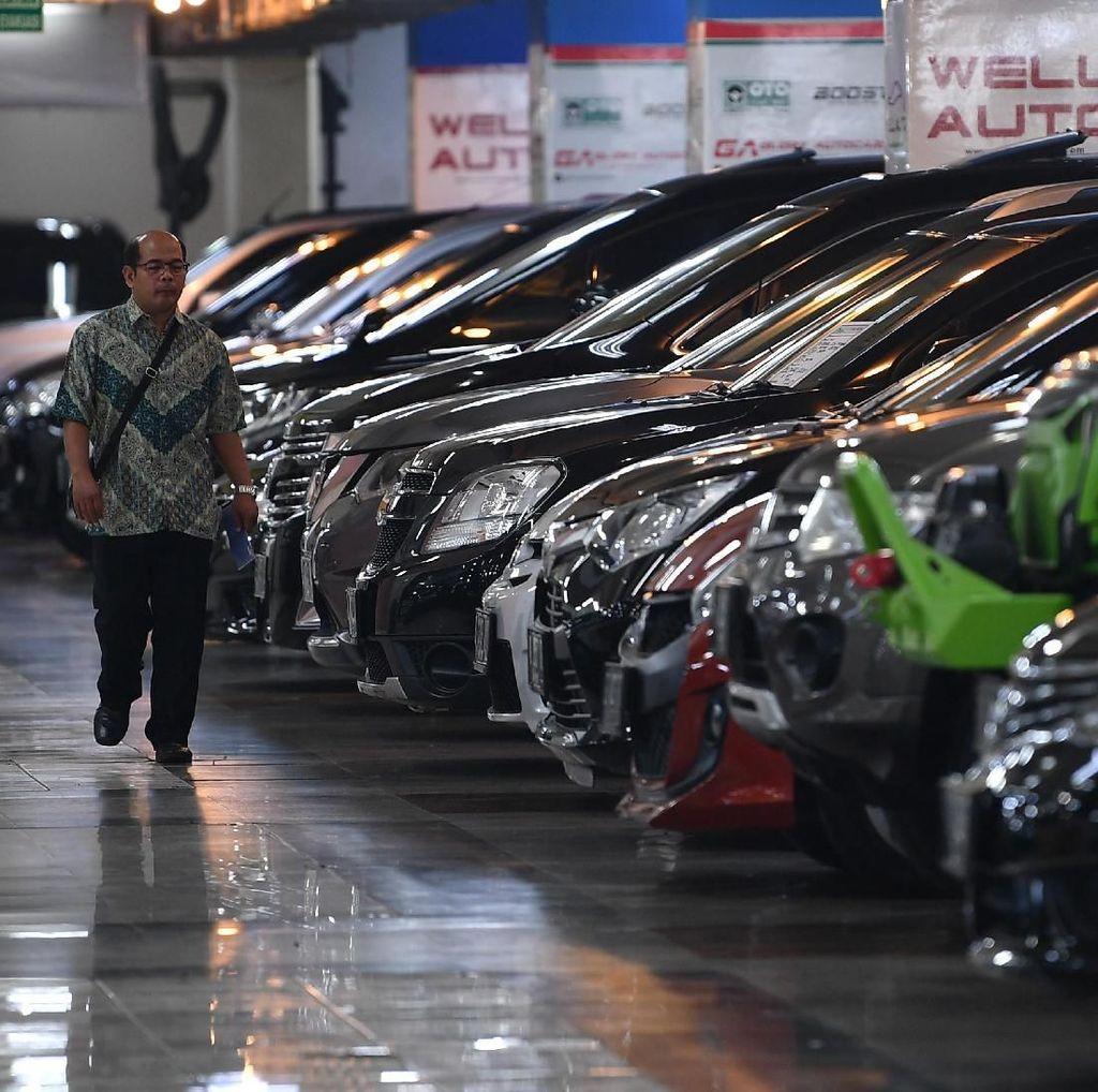 Penjualan Mobil Loyo, Asuransi Kendaraan Hanya Tumbuh 1,1%