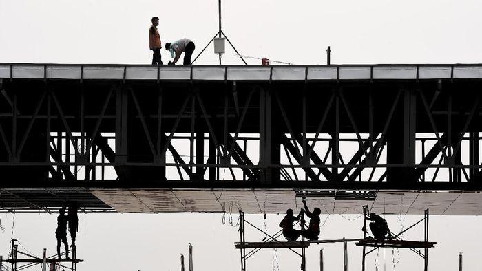 Ilustrasi Bangun Infrastruktur. Foto: ANTARA FOTO/Hafidz Mubarak A