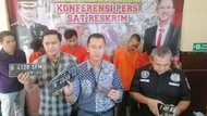 Komplotan Curanmor Nyamar Ojek Online di Jaksel Ditangkap Polisi