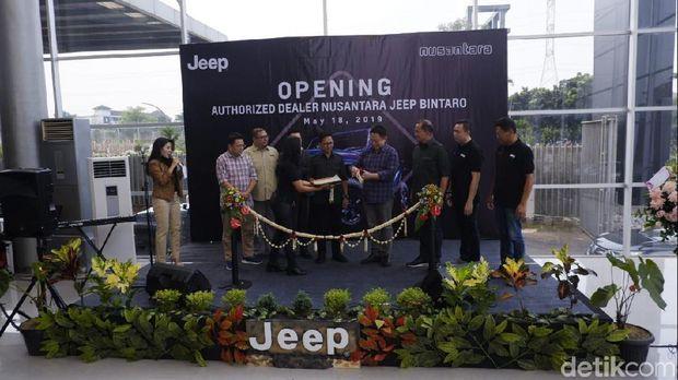 Diler Jeep di Bintaro