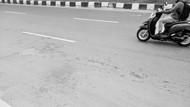 TKP Remaja Tewas Diserang Geng Motor di Setiabudi Berceceran Bercak Darah