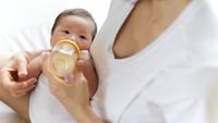 Viral! Jangan Minta Air Panas di Pesawat untuk Bikin Susu Bayi, Ini Sebabnya