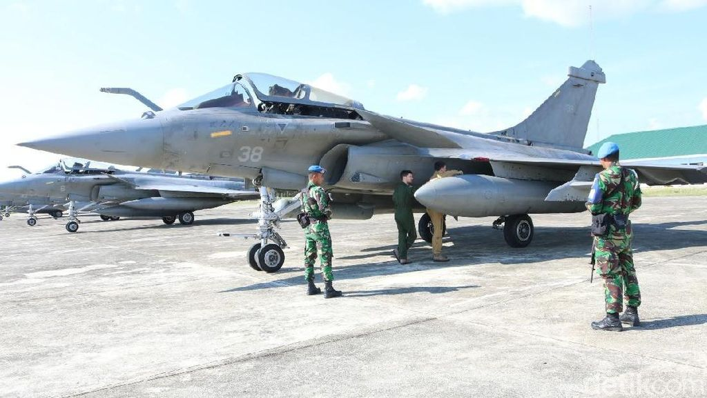 2 Jet Prancis yang Mendarat Darurat di Aceh Balik ke Kapal Induk