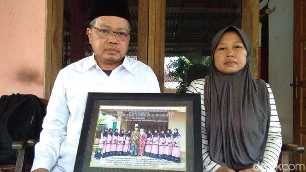 Orang tua Fatihatun di Jepara.