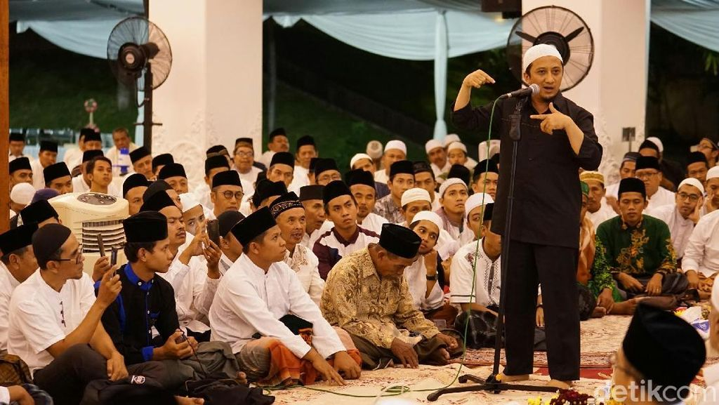 Ini Kata Ustaz Yusuf Mansur ke Massa People Power