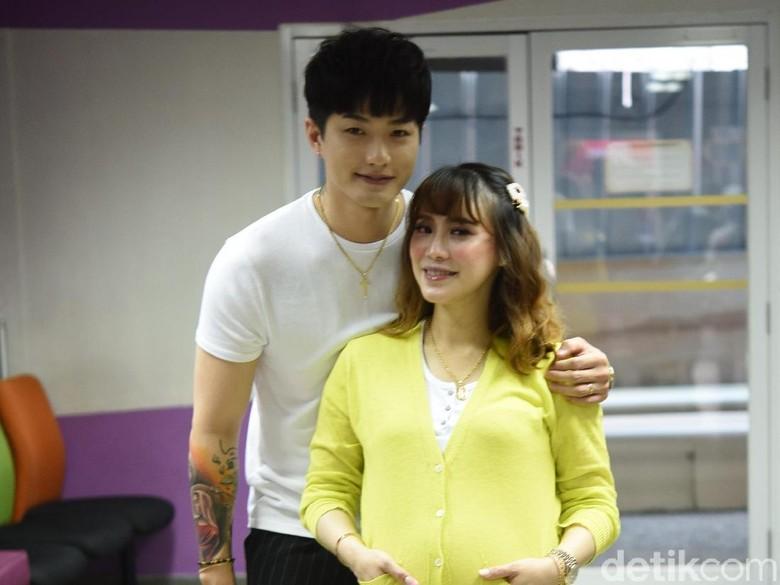Foto: Lee Jeong Hoon dan Moa Aeim (Noel/detikHOT)