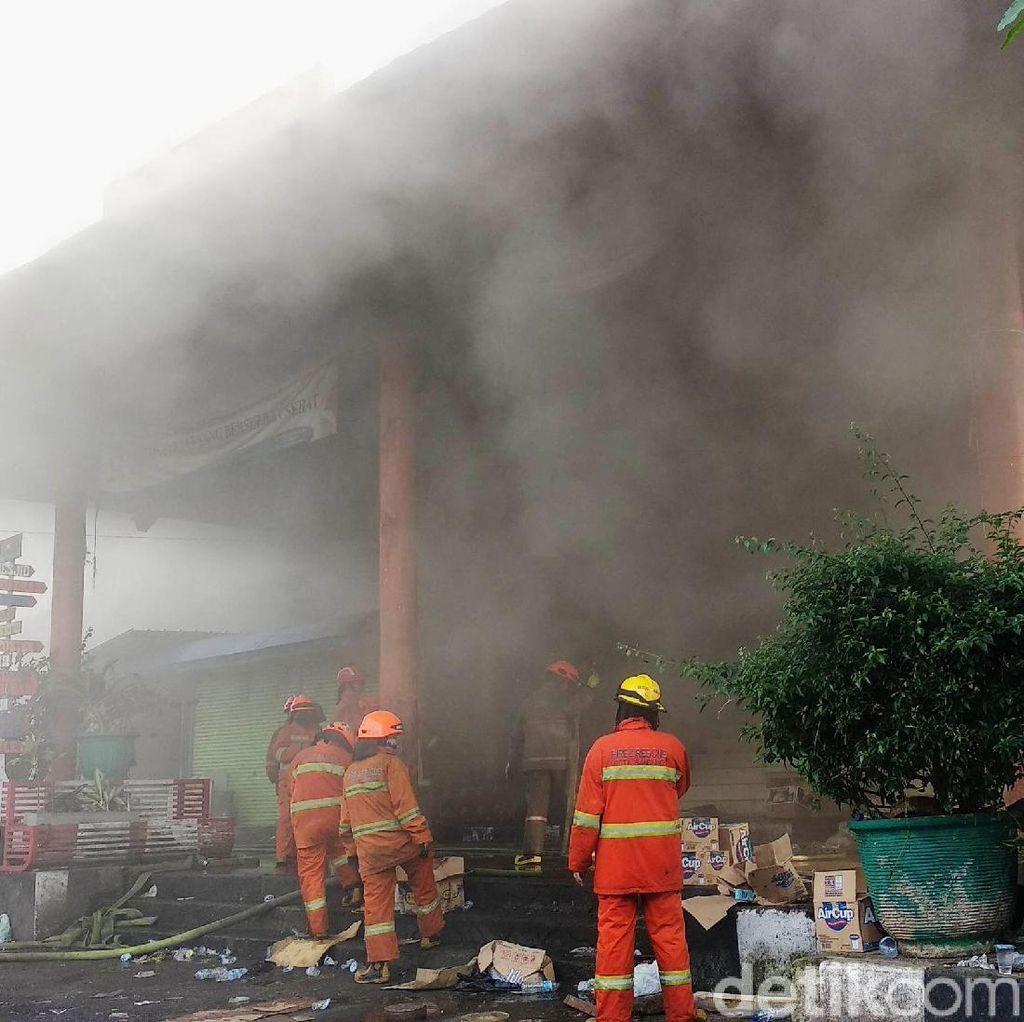 Puslabfor Polri akan Selidiki Penyebab Kebakaran Pasar Kosambi