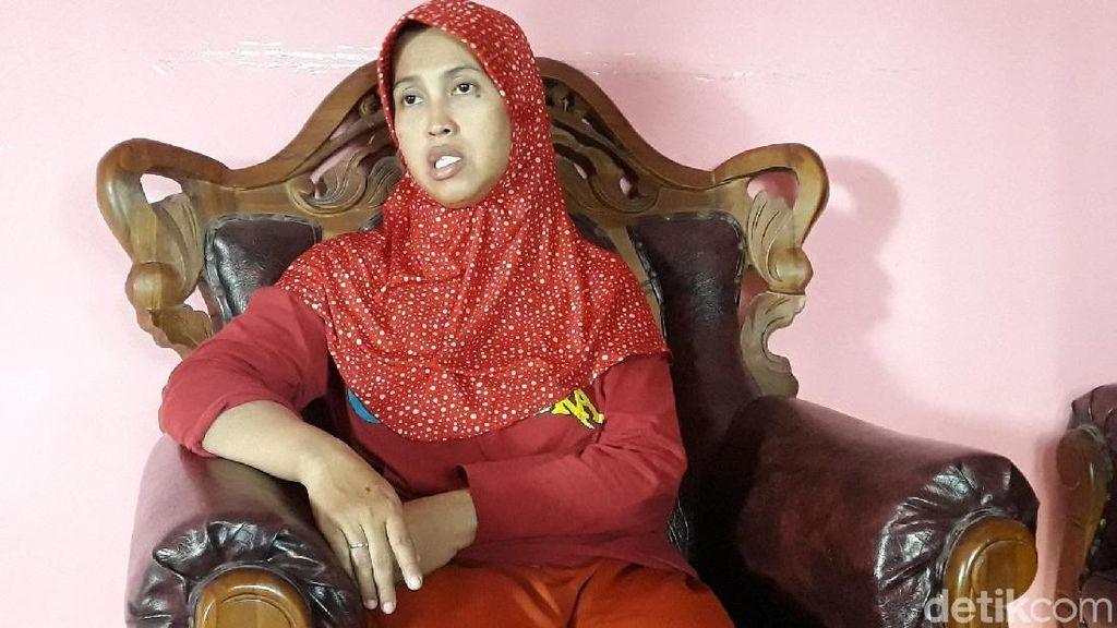 Kisah Yuli, Kepala Dukuh yang Ditolak Warganya Sendiri
