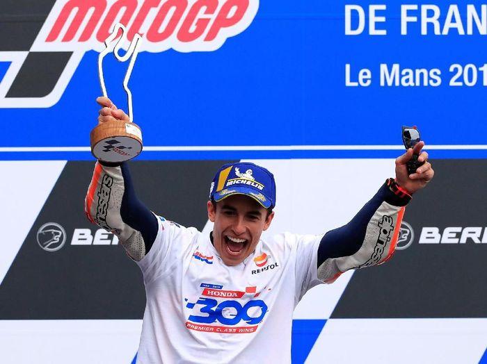 Pebalap Honda, Marc Marquez, kian kukuh di klasemen pebalap usai MotoGP Prancis. (Foto: Gonzalo Fuentes/Reuters)