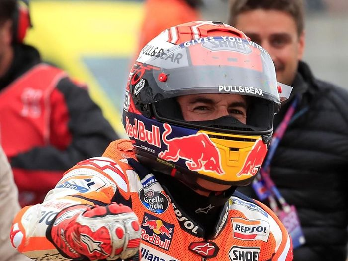 Marc Marquez jadi juara MotoGP Prancis dan membuatnya menyamai jumlah kemenangan Jirge Lorenzo (REUTERS/Gonzalo Fuentes)