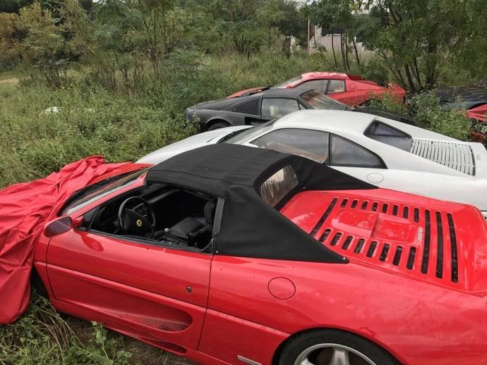 Ferrari Jadi Gelandangan sampai Karatan