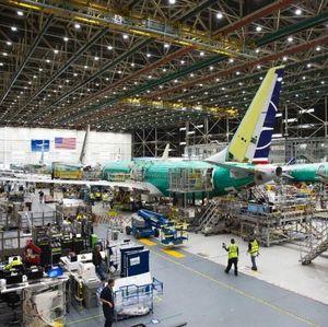 Mencoba Bangkit, Boeing Lanjutkan Produksi 737 Max