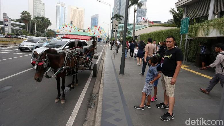 Duh, Delman Mangkal di Jalan MH Thamrin