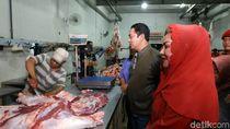 Sidak di RPH, Walkot Semarang Temukan Cacing di Hati Sapi